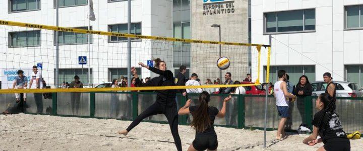 I. Martino y A. Celis / E. Herrero y P. Ruiz ganadores del IV Torneo de Voley Playa UNEATLANTICO