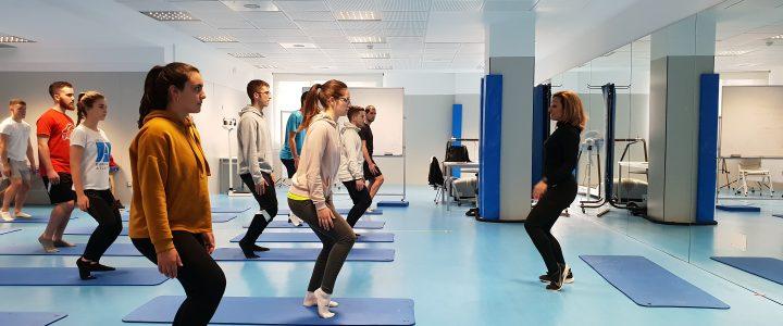 Estudiantes del Grado en CAFYD amplian sus conocimientos en un taller formativo de Pilates